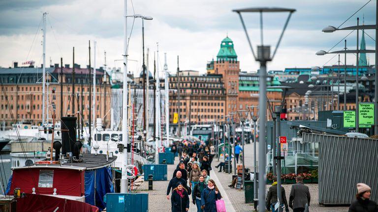 Në Suedi, një përgjigje pa gjendje të jashtëzakonshme